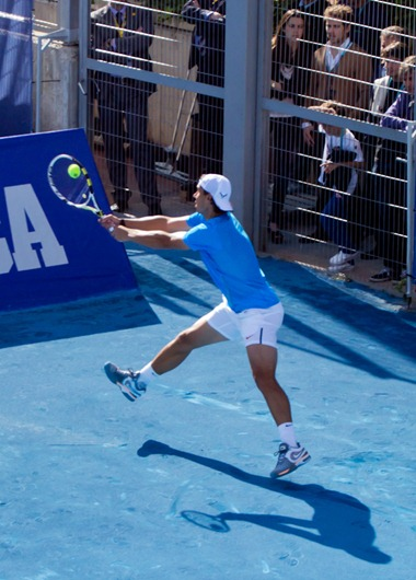Nadal_on_blue_clay_(Madrid)
