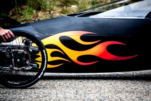 Schwalbe tyres and go faster flames (photo Channel 4)