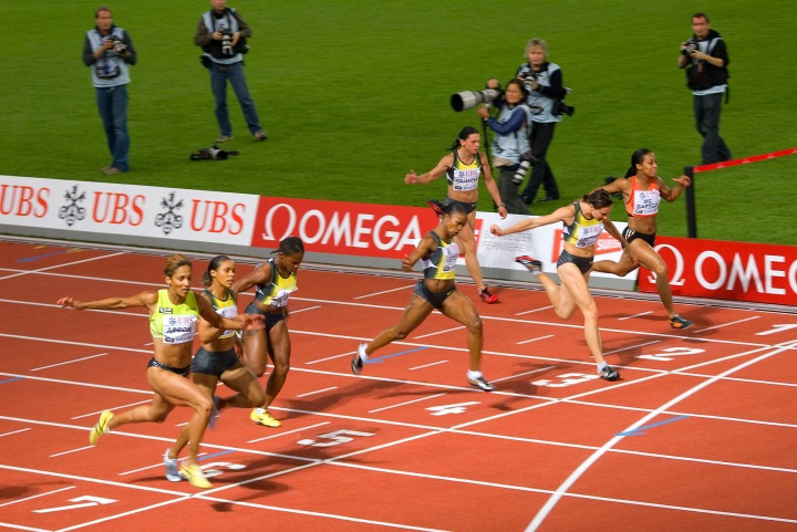 Graphing Athletics: The 100 metre sprint – Engineering Sport
