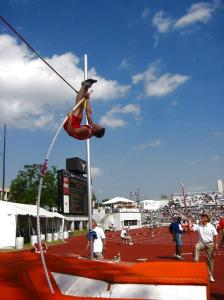 pole_vault_sequence_3